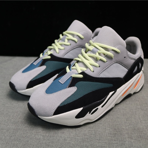 the latest 0dd61 1360f Used (G5 Version) Adidas Yeezy 700 Wave Runner